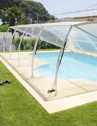 Pool Houses and Swimming Pool Shelters
